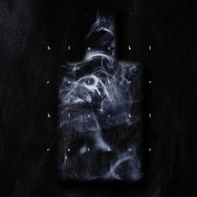 omoimegurasuによる『⿊⾰』ジャケットデザイン