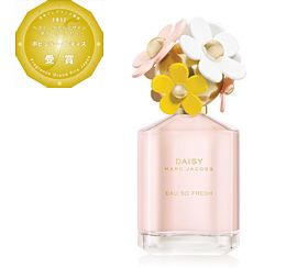 MARC JACOBS DAISY EAU SO FRESH オードトワレ